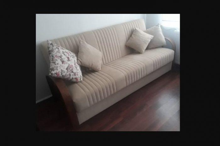 ahşap kollu 3 kişilik ucuz ve rahat sandıklı kanepe